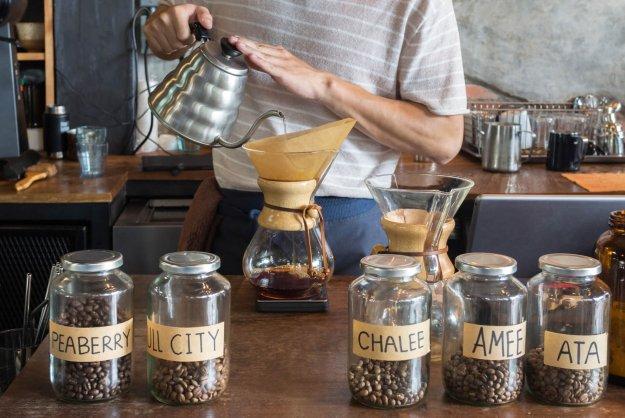 Coffee Academy: le tendenze e le tecniche per servire un espresso, cappuccino unico